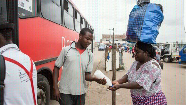 Transportadores semi-colectivos de passageiros agastados por falta de terminais rodoviários