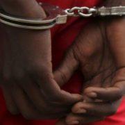 Detido suposto falsificador de documentos em nampula