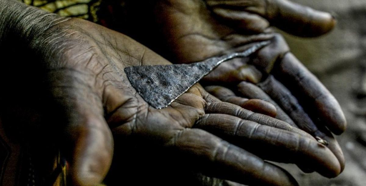 """Mutilação Genital Feminina: Luta para """"abolir uma barbárie"""""""